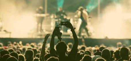 cantantes y grupos españoles gira 2016