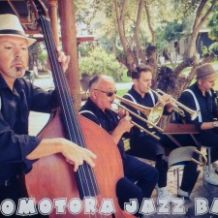 locomotora jazz band.