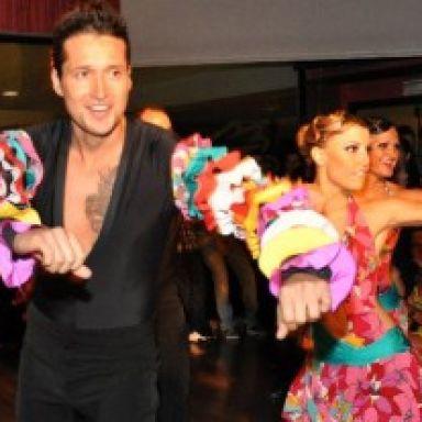grupo de bailes latinos
