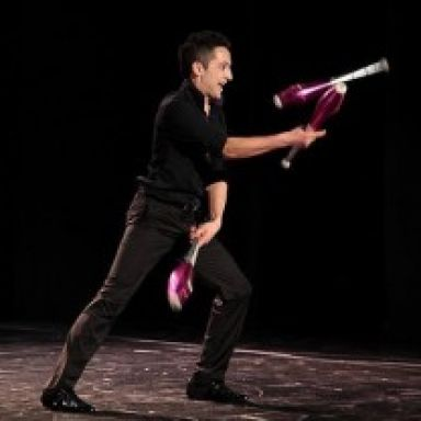 toto juggling