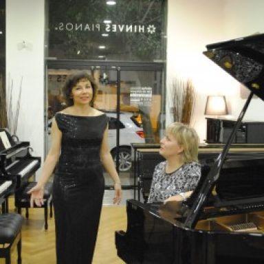 duo soprano acompaniado con piano gloria