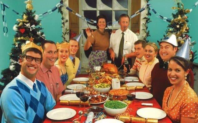 Resultado de imagen de cena familiar navideña agobio