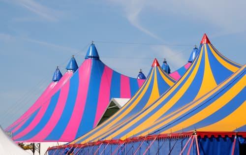 alquilar carpas de circo para eventos