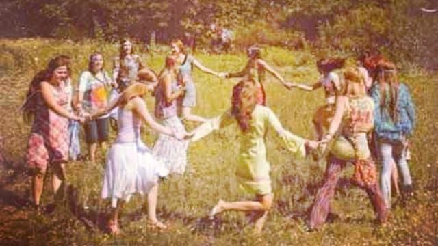 organizar una fiesta de los 70