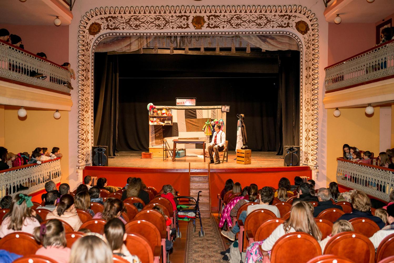 dinamia teatro infantil
