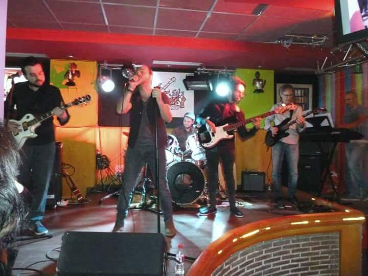 Silencio el tributo a david bisbal bandas tributo for Sala novelty
