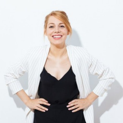 Eve Flores
