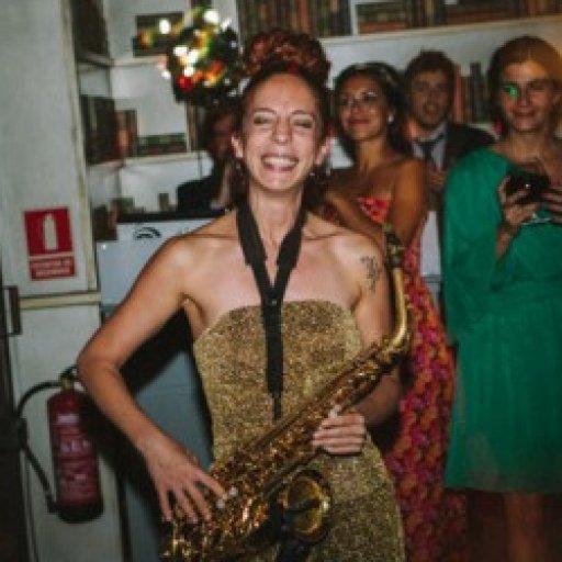 Nasha Sak Saxofonista
