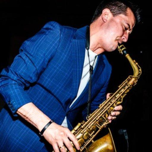 Saxofonista para todo tipo de celebraciones