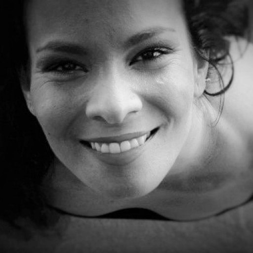 "Cristina Morales ""Bossanova & Bolero Jazz Trio"""