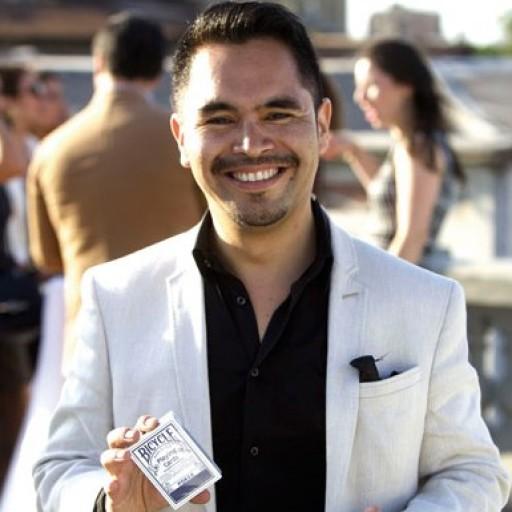 Mago Cristian Flores