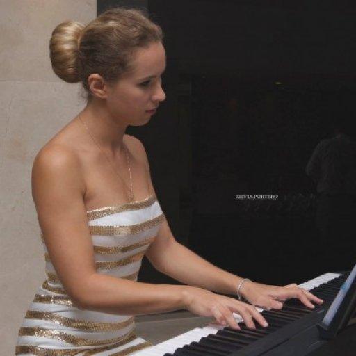 Yulia Pianista