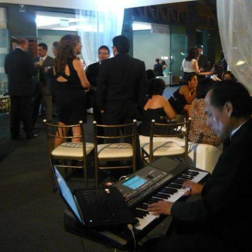 Oscar Miranda al piano