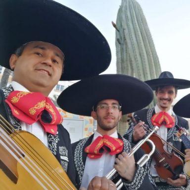 mariachi al son de mexico