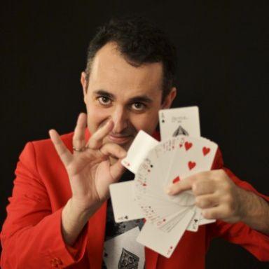 Sergio Bamberg, mago ilusionista
