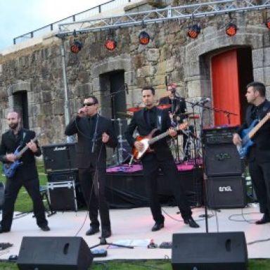 the wedding rock band