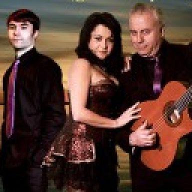 Trio Acuarela