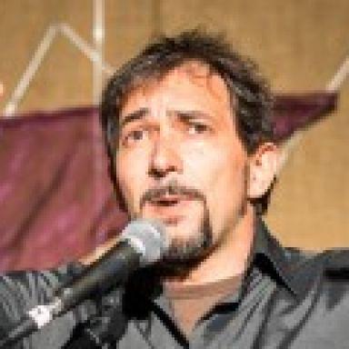 Mario Cosculluela. Narrador Oral. Cuentacuentos. Malabarista.