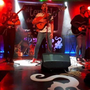 grupo flamenco caramelo