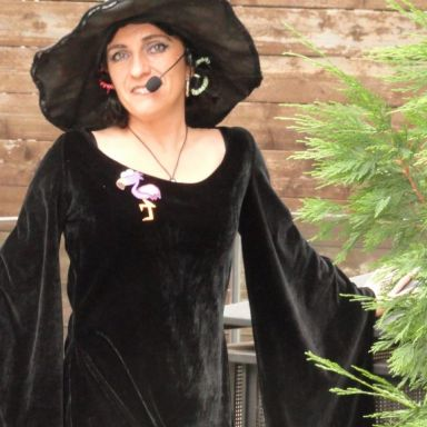 mai la bruixeta dels contes